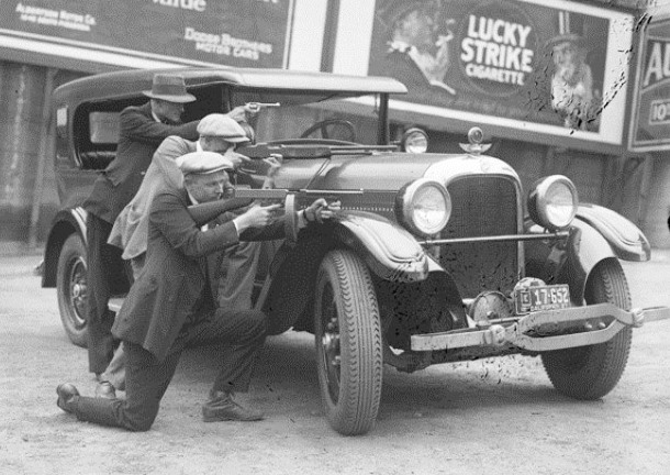 prohibition and gangsters essay Prohibition this research paper prohibition and other 63,000+ term papers, college essay examples and free essays are available now on reviewessayscom.