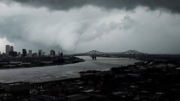 tornado in new orleans trying to form